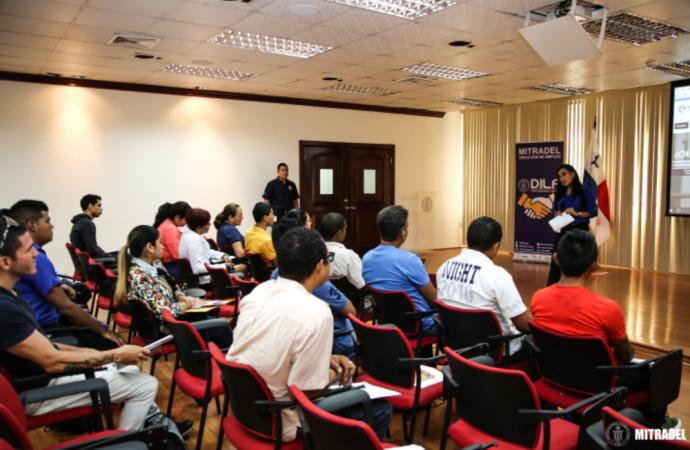 MITRADEL realiza con éxito primera jornada de capacitaciónpara buscadores de empleo
