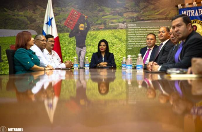 Convención colectiva de Grupo Gas Natural Fenosa beneficia a 161 trabajadores