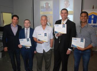 ACOBIR premia a Corredores de Bienes Raíces