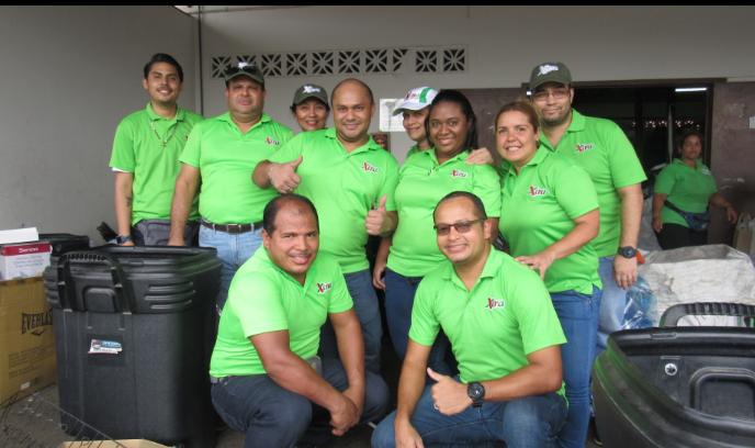 Súper Xtra apoya el reciclaje en Panamá