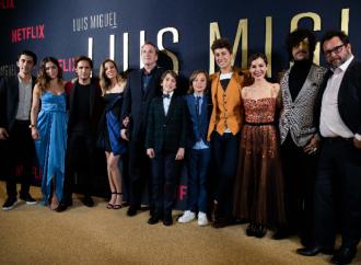 Cuando calienta el sol… en la Alfombra Roja: Netflix celebra la Premiere de Luis Miguel La Serie