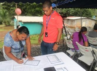 Autoridades del MIVIOT legalizaron 19 comunidades en Panamá Oeste