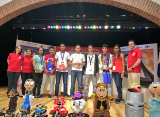 Estudiantes del I.P.T. Leonila P. de Grimaldo de Coclé y del Colegio Agustiniano de Herrera representarán al país en el certamen de robótica internacional #RoboCup en Canadá