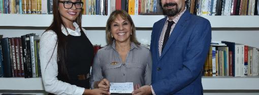 La Asociación de Damas Españolas Panameñas recibe donación de la Embajada de España