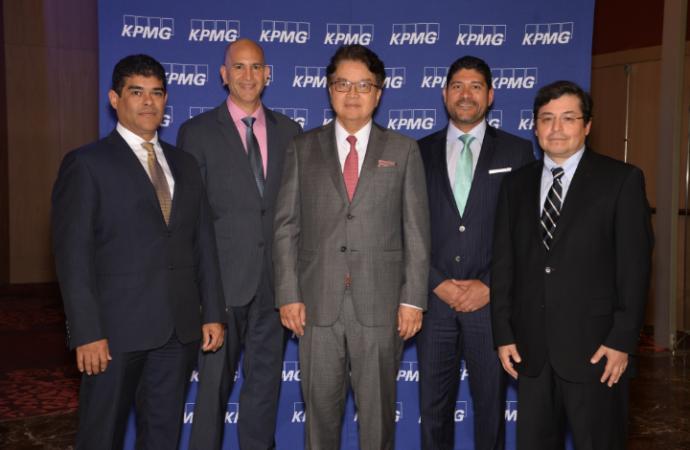 KPMG cumple 60 años en Panamá