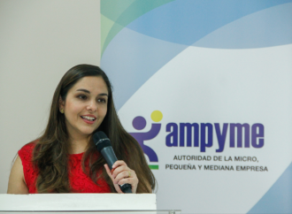 AMPYME promuevela importancia de enseñar emprendimiento en la educación básica y media