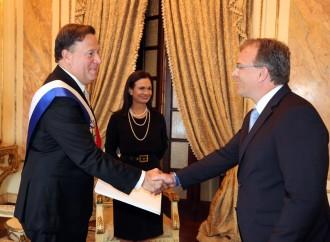 Presidente Varela recibe Cartas Credenciales de Embajadores de América, Asia y Europa