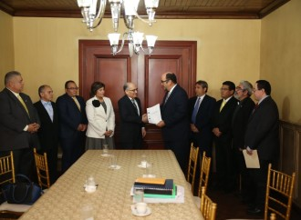 Comisión de Estado por la Justicia entrega informe, Consejo de Gabinete tomará la decisión