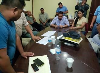 Acuerdo pone fin a paralización laboral en las bananeras