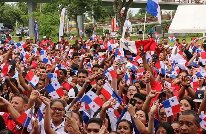 Fanaticada de La Sele disfrutó el partido ante Bélgica a través de pantallas gigantes dispuestas por la Alcaldía de Panamá