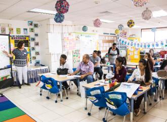 MET capacitó a maestros de MEDUCA sobre técnicas innovadoras de enseñanza del idioma inglés