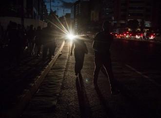 Inicia Temporada de Lluvias y Huracanes en Centroamérica y con ella, la Posibilidad de Quedarse sin Energía Eléctrica