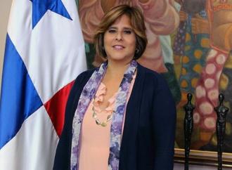 Presidente designa a Eyda Varela de Chinchilla como ministra de Economía y Finanzas encargada