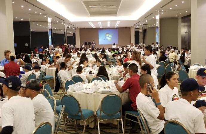 Proyecto Horizontes promueve valores a más de 600 estudiantes de todo el país