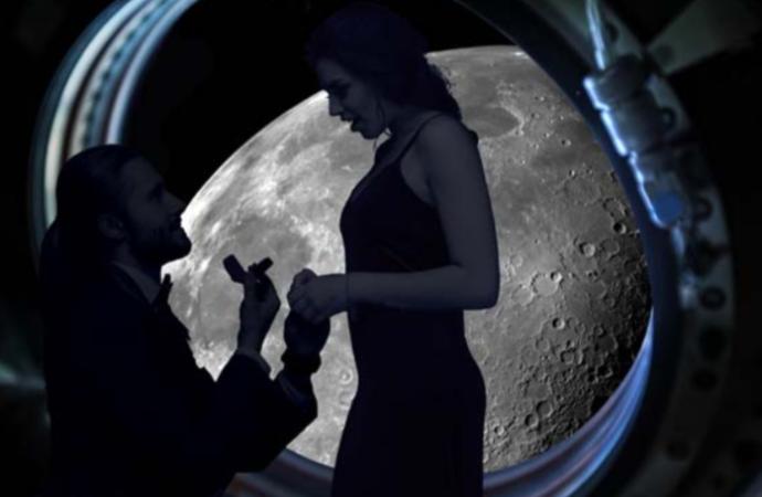 Una propuesta de matrimonio alrededor de la Luna por 145 millones de dollars