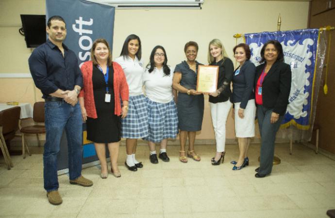 Entregan reconocimientos a participantes del Concurso Nacional de Microsoft 2018