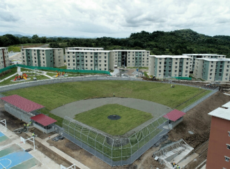 Presidente Varela completa entrega de 1,020 apartamentos de la Urbanización San Antonio en Veraguas