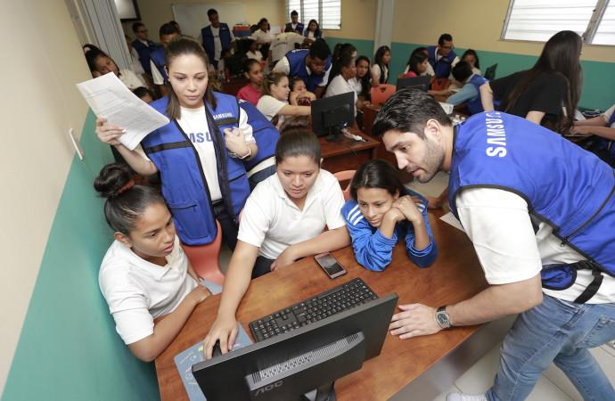Samsung ayuda a empoderar a través de la educación