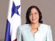 Marcela Paredes es designada Embajadora de Panamá en Chile tras su renuncia al MEDUCA