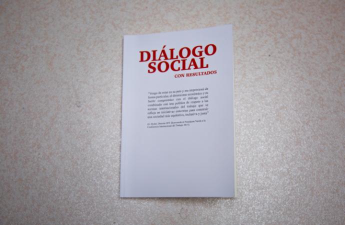 """MITRADEL y OIT presentan el libro """"Diálogo Social Con Resultados"""""""