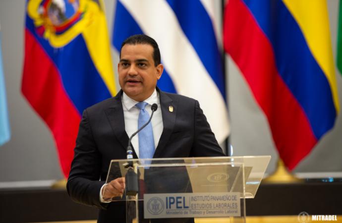 El diálogo social ha arrojado resultados positivos para el país: Ministro, Luis Ernesto Carles