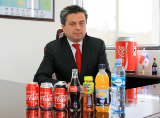 Juan Carlos Villacis asume la dirección de Coca-Cola FEMSA Panamá
