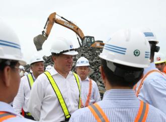 Presidente Varela recorre Terminal de Cruceros de Panamá y el Centro de Convenciones en Amador