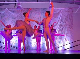 El Parque Eólico Laudato Si´ presenta al Ballet Nacional en Penonomé