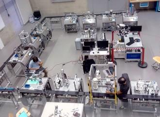 En FIB lanzarán el Smart Innovative FactorySIF-400,equipo que emula una fábrica inteligente