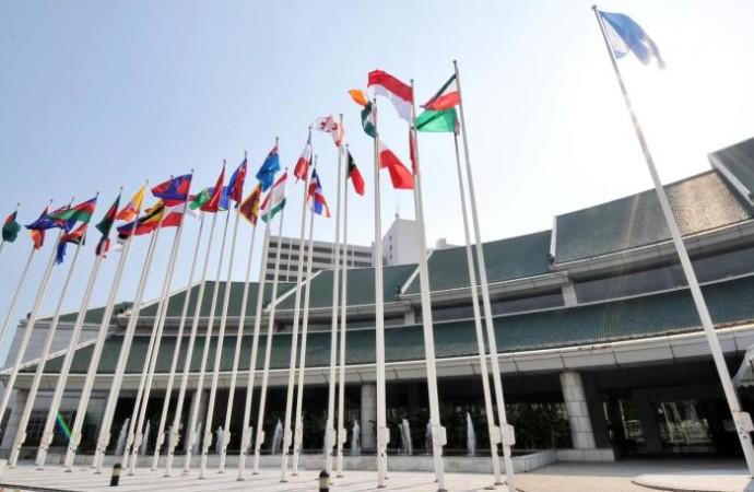 """La ONU pide """"urgencia"""" en las negociaciones climáticas en Bangkok"""