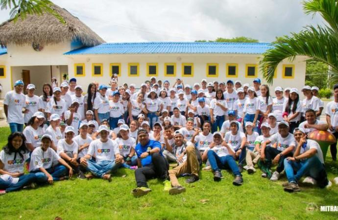 Más de 400 estudiantes líderes de 76 colegios a nivel nacional participan en jornadas de formación del POVE