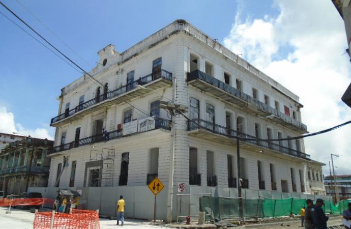 Restauración de antigua Gobernación de Colón registra 77 por ciento de avance
