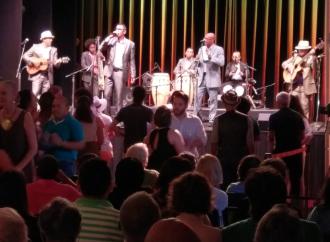 """El Septeto Santiaguero presentó en EEUU su disco""""A mí qué – Tributo a los clásicos cubanos"""", nominado al Grammy Latino"""