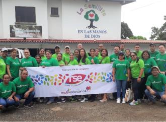 Multivoluntarios comparten en la Casa Hogar La Semillita