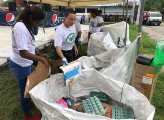 Residentes de Don Bosco apuestan por el reciclaje gracias al programa «Basura Cero – Cambia tu Barrio»