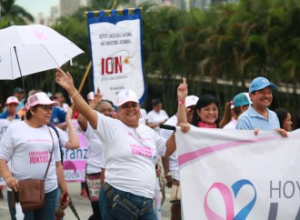 """En """"Caminata y Festival de Luz"""" se reitera la importancia de la prevención y detección temprana del cáncer"""