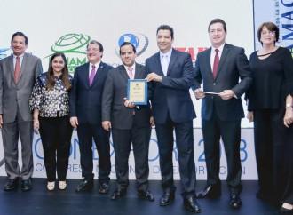 """Grupo Melo recibe reconocimiento del CONEXPORT por """"Incorporación a la Responsabilidad Social Empresarial"""""""
