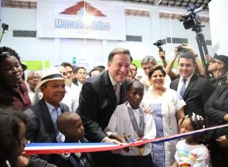 Presidente Juan Carlos Varela entrega a los colonenses un nuevo mercado público