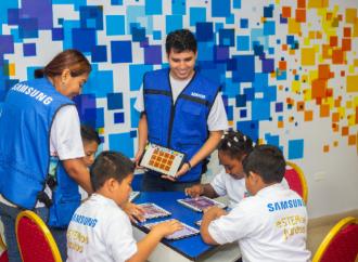 Voluntarios de Samsung promueven la diversidad cultural y la inclusión a través del uso de la tecnología