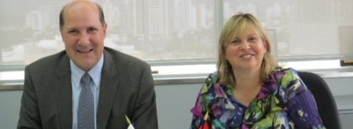 Embajada de Canadá y Biomuseo firman convenio