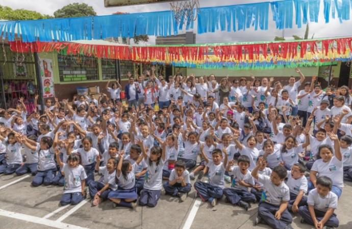 Tecnología y educación: celebrando la diversidad en América Latina