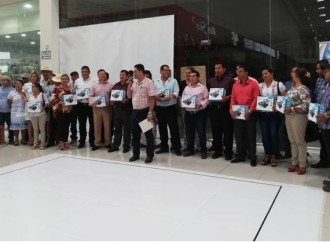 SENACYT entrega kit de Robótica a escuelas primarias de la provincia de Veraguas