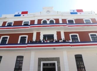 Presidente Varela entrega restaurado el edificio de la Gobernación de Colón que tenía décadas de abandono