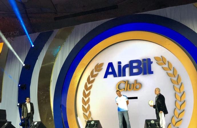 """AirBit Club está trabajando en la creación de una plataforma de bloques """"transparente"""""""