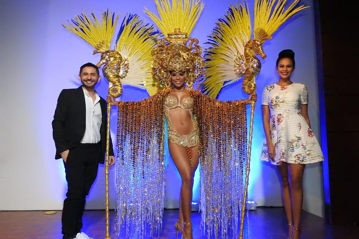 Clinio García diseñador, Keythlin Aleman y Elissa Estrada Directora de Miss Supranational Panamá