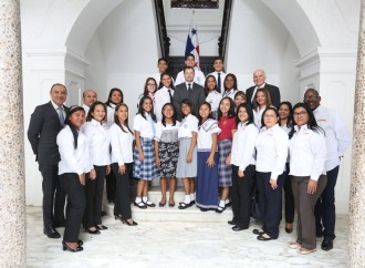 Despacho de Primera Dama apoya a finalistas del Concurso Nacional de Oratoria 2018