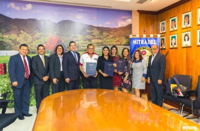 Trabajadores de Ricardo Pérez cuentan con nueva convención colectiva ratificada por MITRADEL