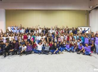 Más de 300 egresados de Panamá Pro Joven participaron de convivio nacional