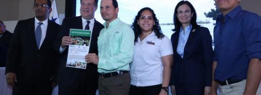 Gobierno entrega B/. 16 millones del Fideicomiso de Agua, Áreas Protegidas y Vida Silvestre