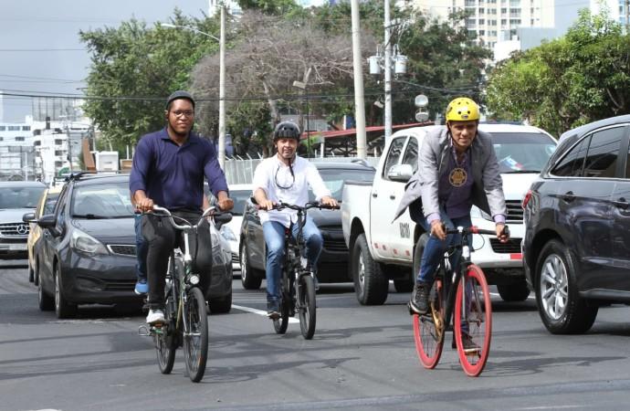 Bicicletas eléctricas, moderna alternativa de movilidad urbana para todo tipo de persona